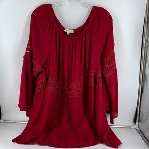 Umgee 2XL Red Bell Sleeve Top w Lace Detail